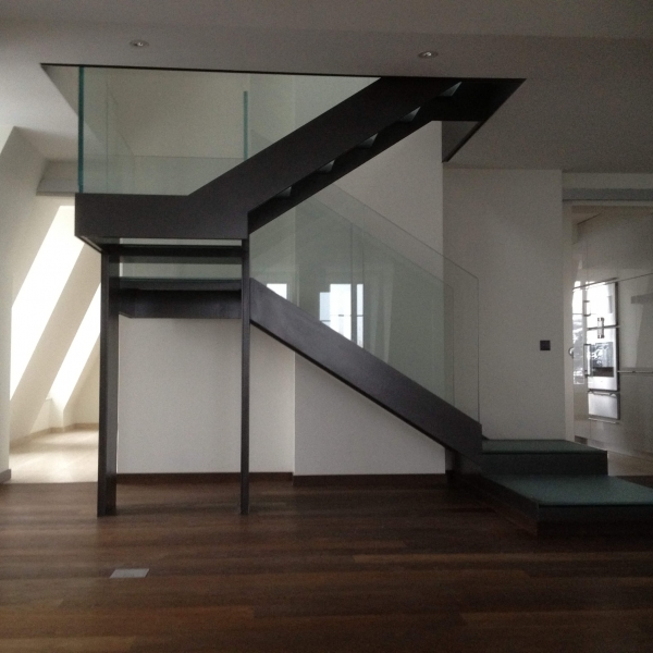 le_national_de_montreux_-escalier_en_verre_6_iii_.jpg