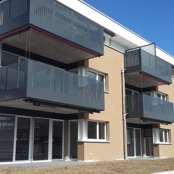 villa_beata_-balcon_en_toles_perforees_i_.jpg